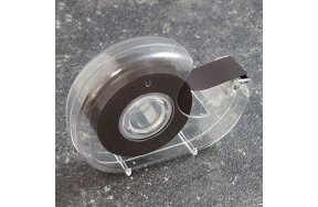 DISPENSER WITH MAGNETIC TAPE 19mm x 5m